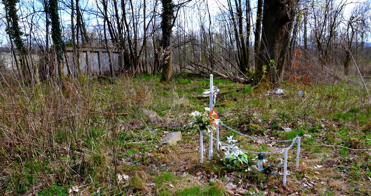 Geocaching, Bożkowice, stary cmentarz ewangelicki